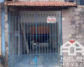 Casa tipo apartamento - Cidade Ademar
