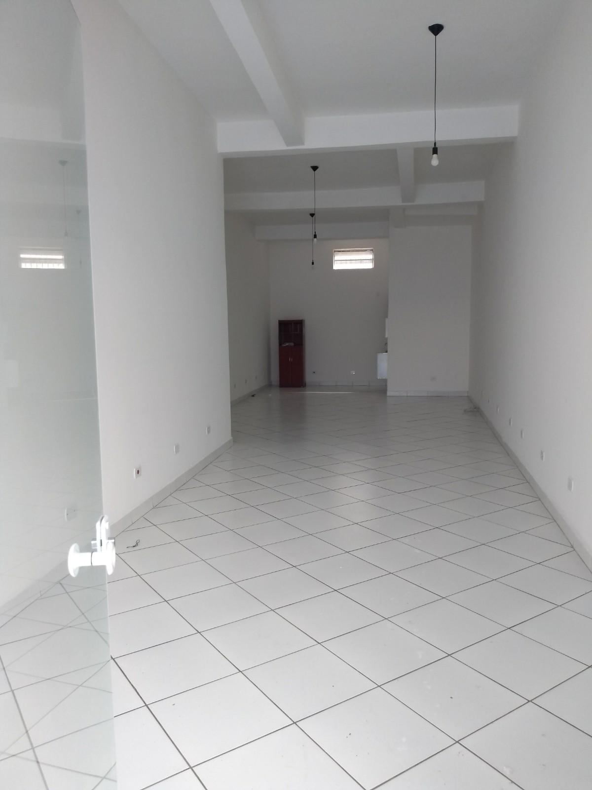 Salão Comercial 80m²